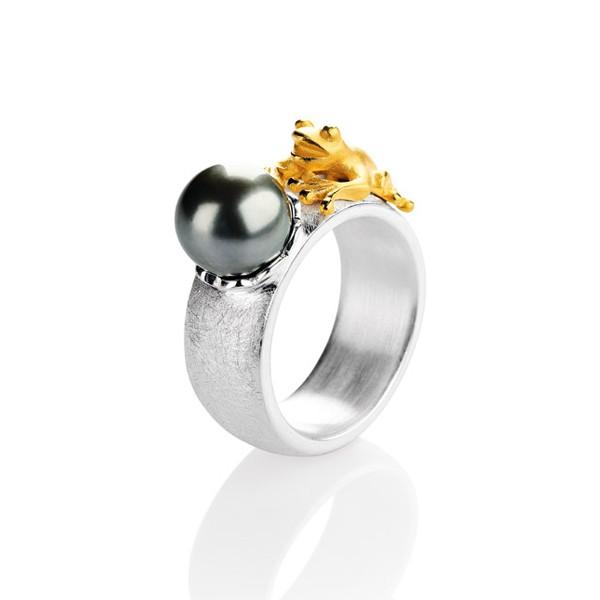 Drachernfels Ring Frosch mit Tahitiperle Silber vergoldet D FR 14 Drachenfels Design Froschkönigring