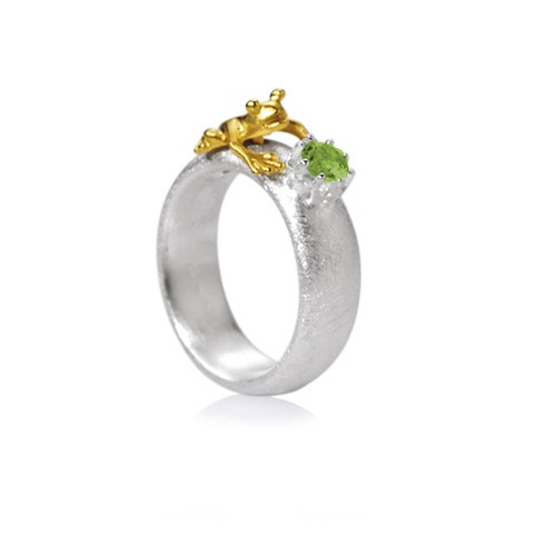 Drachernfels Ring Frosch mit Peridot Silber goldplattiert D FR 132 Drachenfels Design Froschkönig