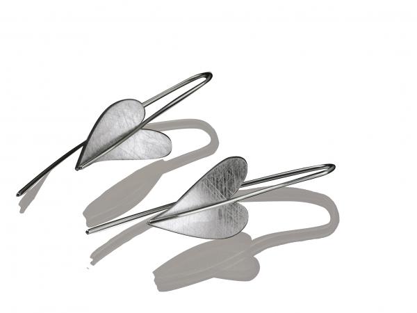 Herz Ohrhänger von Ernstes Design in Edelstahl, E241 geschwungenes Herz
