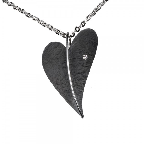 Ernstes Design Anhänger, grosses Herz Edelstahl schwarz beschichtet mit Diamant ohne Kette, AN405