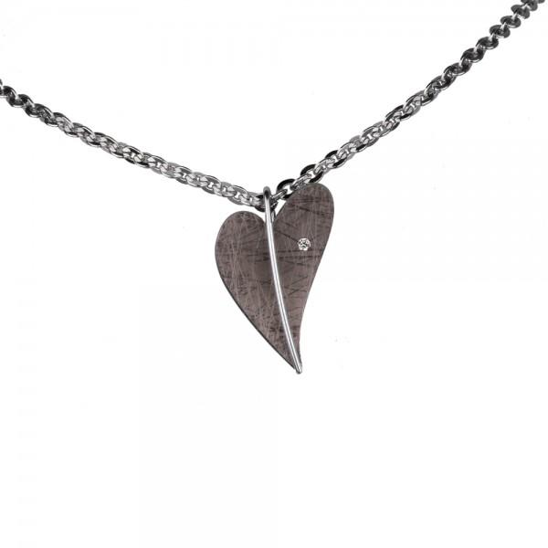 Ernstes Design Anhänger, Herz aus Edelstahl altbronze beschichtet mit Diamant ohne Kette, AN410